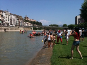 Barques i ambient del riu el diumenge a la Transsegre 2010